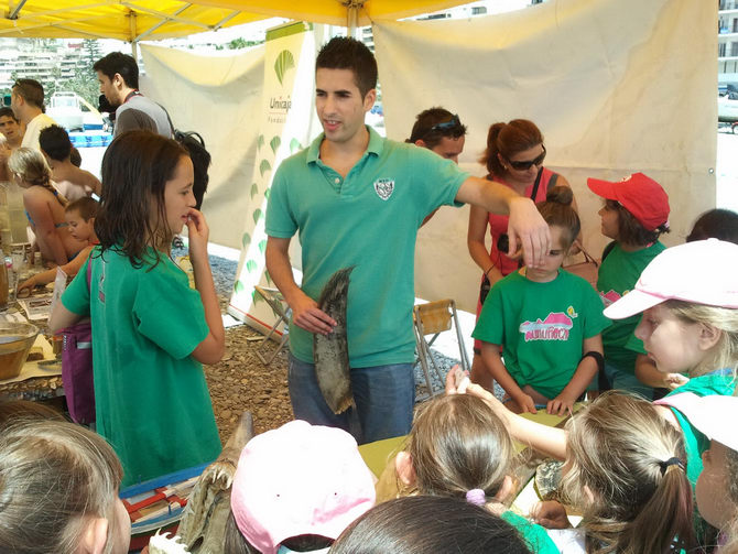 Unicaja, a través de su Obra Social, colabora con el Aula del Mar en la  sexta edición del Laboratorio Marino Itinerante, una iniciativa  medioambiental ... 5bf80ea9b8