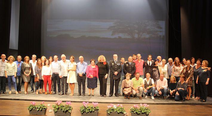 El Colegio de Educación Especial Luis Pastor y el Cuerpo Nacional de Policía presentan el calendario solidario 'Sumando Sensibilidades'