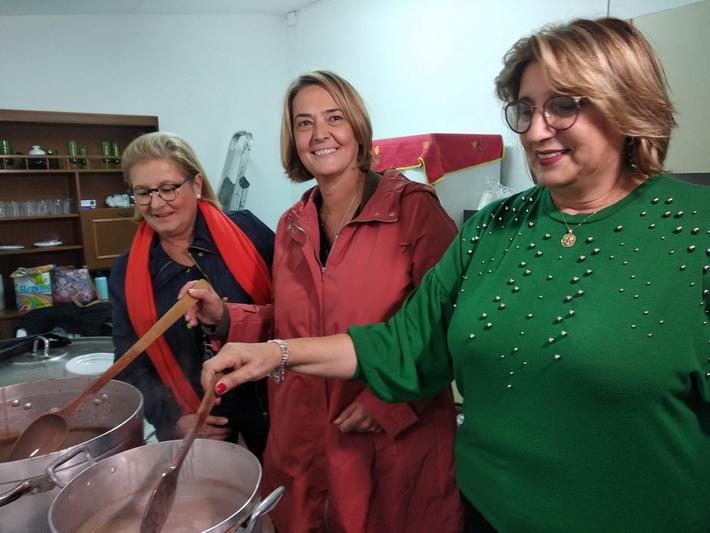 La alcaldesa participa en los actos organizados en Carchuna-Calahonda con motivo de la Fiesta de Otoño