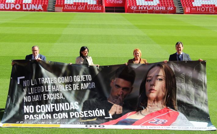 La Subdelegación del Gobierno y el Granada CF se unen para luchar contra la violencia sobre las mujeres