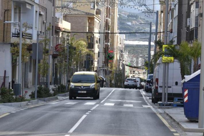 El Ayuntamiento de Motril adjudica el contrato para la provisión de los contenedores de la calle Ancha