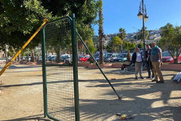 Almuñécar tendrá muy pronto su primer parque canino de 420 m2 en los Jardines de Alhucemas.