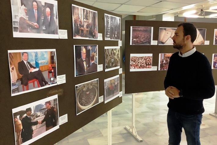 """La Casa de la Cultura de Almuñécar acoge la exposición """"40 años de Democracia en España"""""""