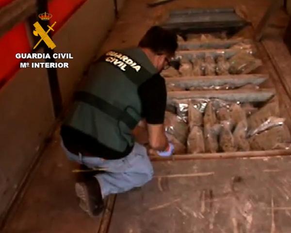 Desarticulada una organización dedicada al tráfico de drogas con destino Europa, cuya primera detención se produjo en Motril.