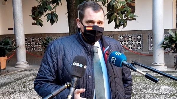 VOX pide desconvocar el Pleno ordinario de enero del Ayuntamiento de Granada