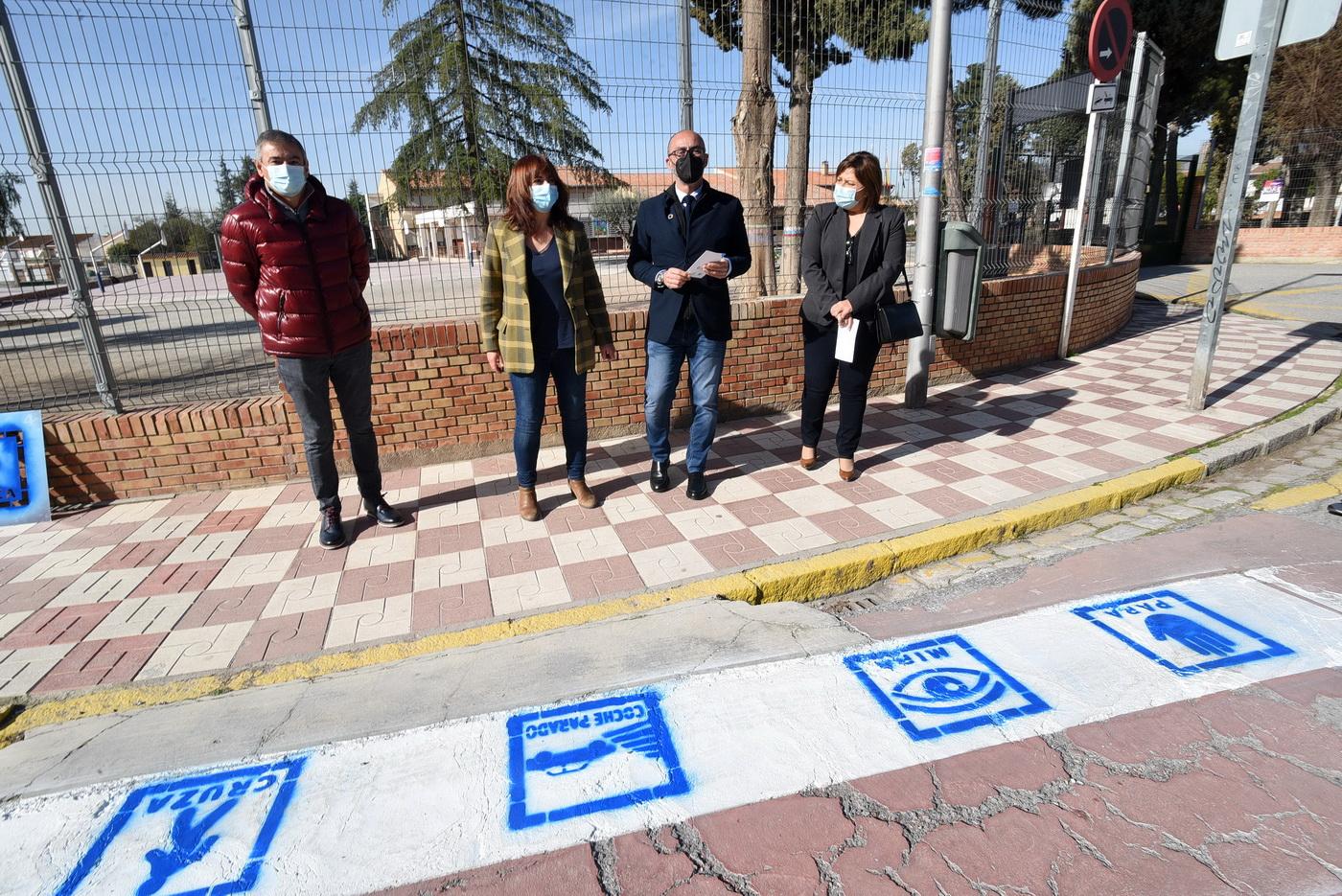 Albolote se suma al proyecto para adaptar los pasos de peatones a personas con trastorno del espectro autista