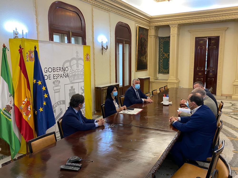La Plataforma por las Infraestructuras presenta en Subdelegación los acuerdos de la última reunión
