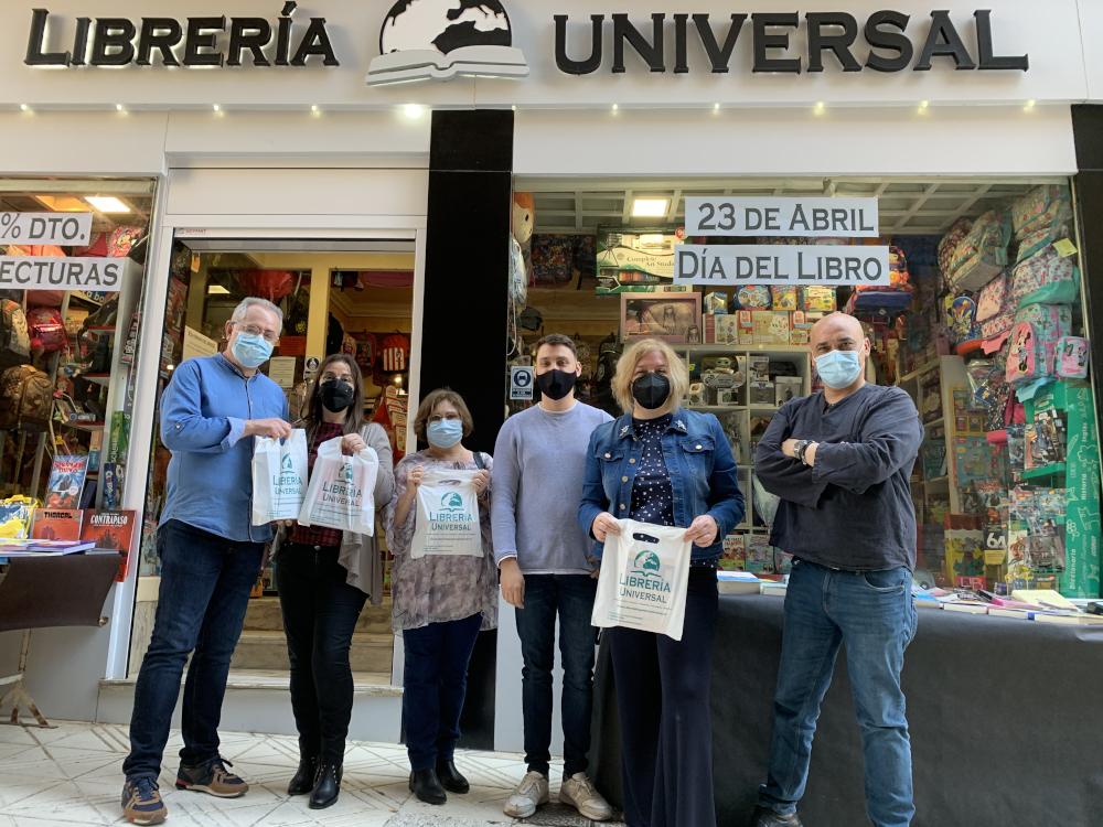 El PSOE de Motril celebra el Día del Libro animando a los ciudadanos a comprar en las librerías locales