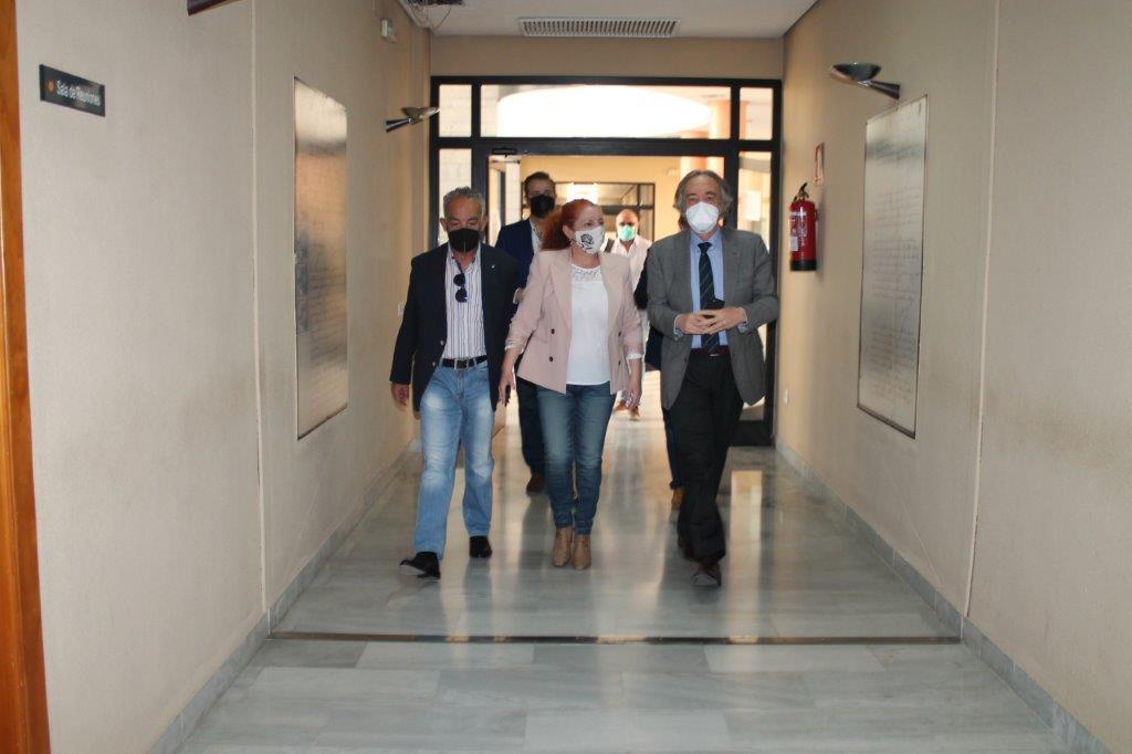 """""""La construcción del nuevo centro de salud de Salobreña es prioritaria y está dentro de nuestras previsiones"""""""