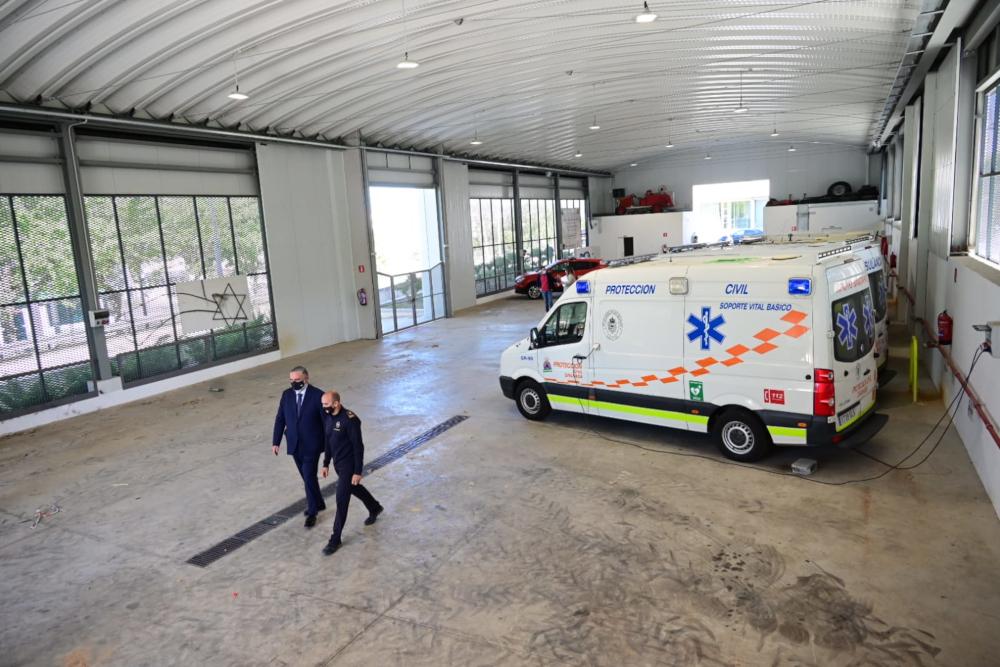 El delegado del Gobierno visita las instalaciones del segundo punto de vacunación masiva de la provincia