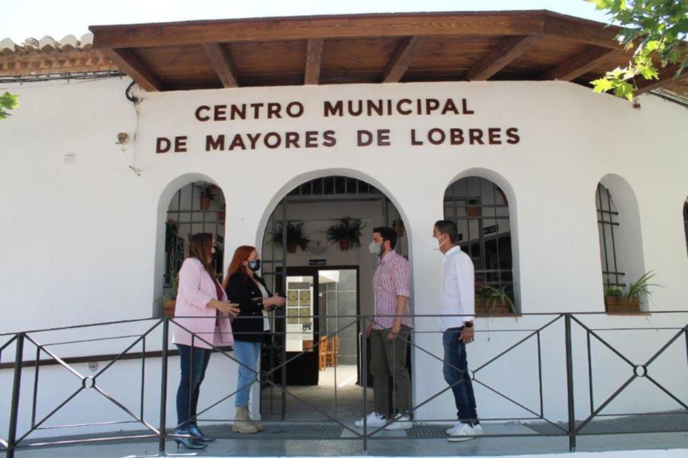 Reabre el centro municipal de mayores de Lobres tras una reforma integral