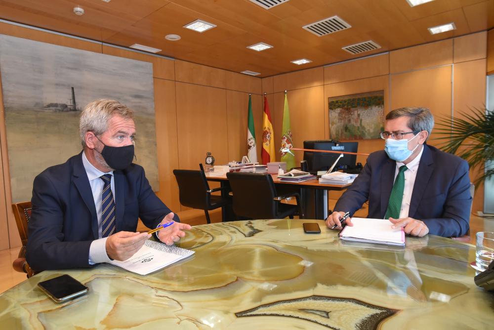 Diputación y Autoridad Portuaria unidas en la demanda de la conexión ferroviaria del puerto