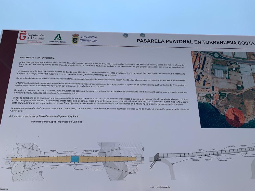 Torrenueva Costa tendrá un puente pasarela colgante que les unirá con la playa de La Joya