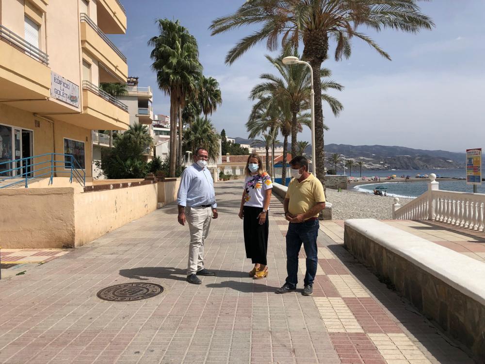 Comienzan las obras de abastecimiento y saneamiento del paseo marítimo de Castell de Ferro