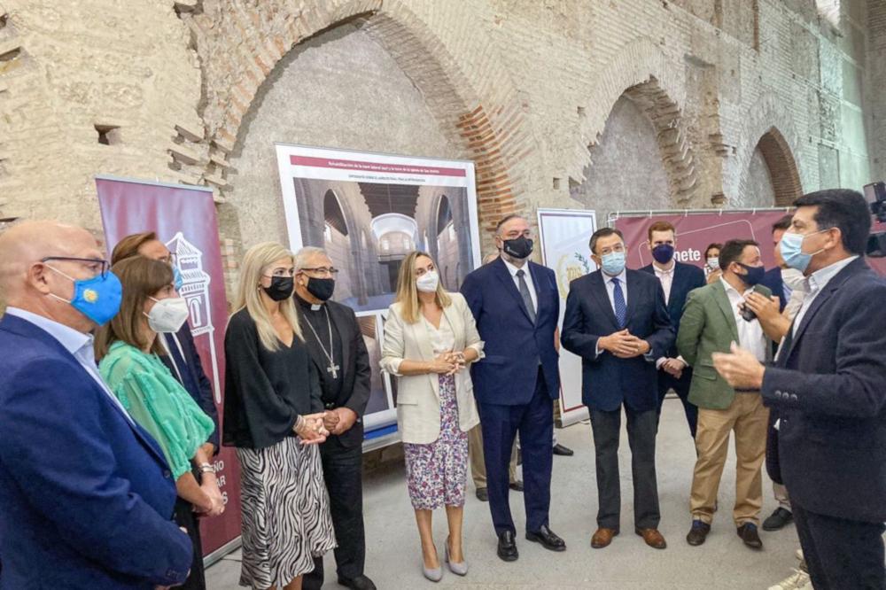 Las consejeras de Fomento y Cultura supervisan el proyecto de restauración de la iglesia de San Andrés de Granada a través del Plan Alhambra