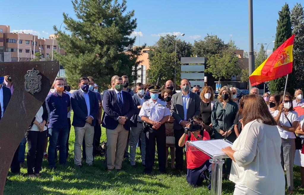 VOX Granada, con las víctimas del terrorismo