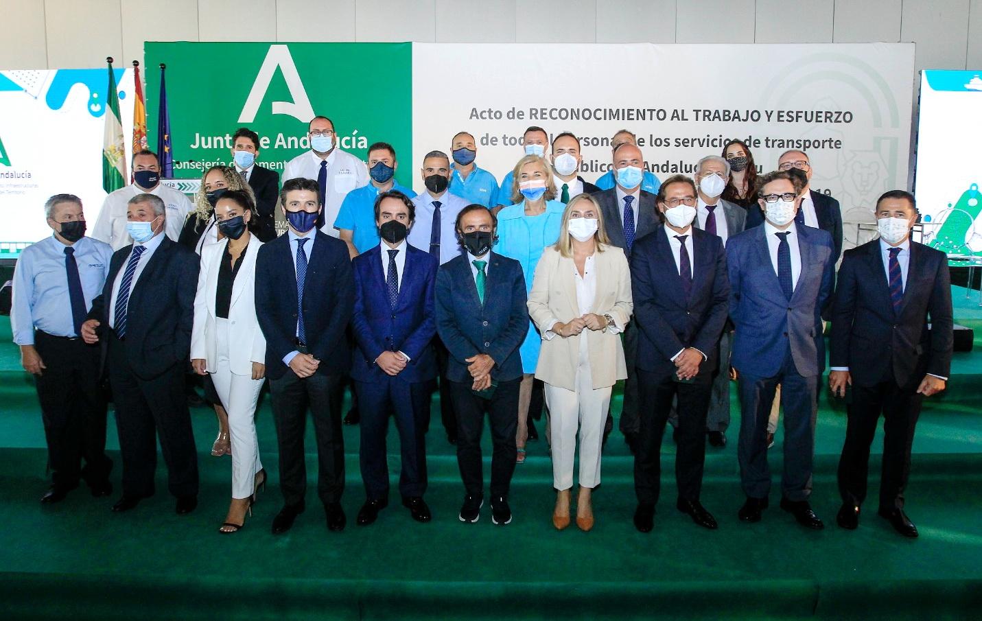 La Junta reconoce el trabajo de los servicios de transporte público durante la pandemia