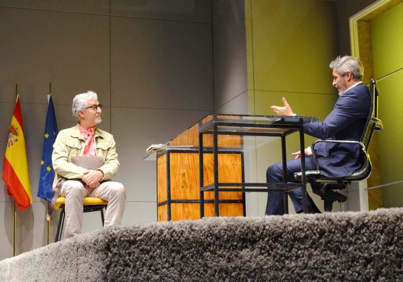"""Tomarse con humor la vocación política es más fácil asistiendo en Salobreña a la obra de teatro """"El Electo""""."""
