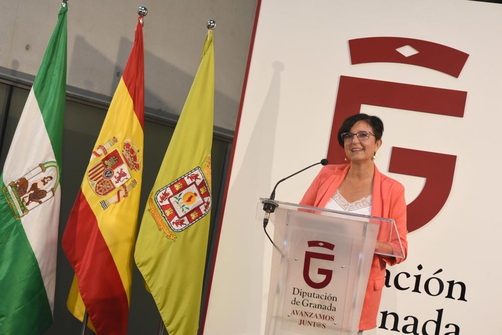Diputación activa una línea de ayudas de hasta 3.000 euros para empresarias de pequeños municipios