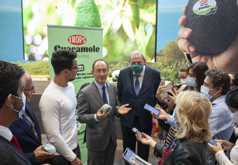 TROPS lanza el primer guacamole Realfooding en colaboración con Carlos Ríos