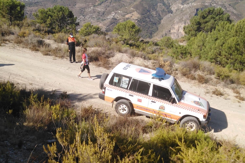 Protección Civil de Almuñécar prestó su apoyo a la jornada de senderismo por la ELA